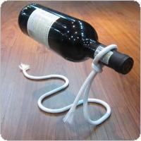 Creative Floating Fashion Red Wine Bottle Stand with Magic Rope Shape and Wrought Iron Electroplating + Nylon rope for Living Room / Bar / KTV