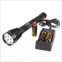 TrustFire J18 LB-XL T6 3500LM 7 Bulbs LED Torch + 3 x 26650 Batteries + Charger